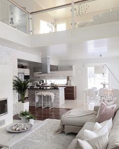 design home staging future home goals designer home ideas home things luxury house interior Dream Home Design, Modern House Design, Modern Interior Design, Interior Ideas, Home Staging, Style At Home, Casa Loft, Dream House Exterior, Decoration Design