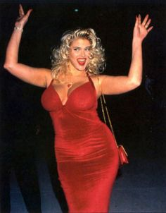 Anna Nicole Smith Dumb As A Box Of Rocks But Damn She Looked Good