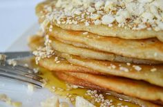 Recipe for homemade ancient Greek pancakes. In Ancient Greece they were called Tagenites or Attanitai and were often prepared for breakfast early in the morning. Old Recipes, Vintage Recipes, Greek Recipes, Cooking Recipes, Ancient Greek Food, Ancient Greece, Yogurt Breakfast, Breakfast Pancakes, Morning Breakfast