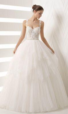pinterest // isabella grace-@izzygrace21 instagram // isabella.stecky twitter // @isabella_igs #weddingdress