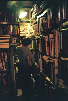 the Fashion Spot - View Single Post - Books and their homes....