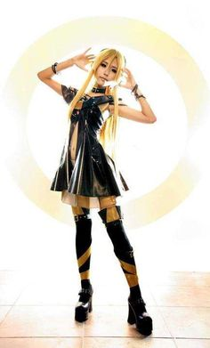 Vocaloid Lily cosplay