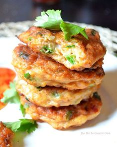 Thai Fish Cakes Thai fish cakes Little red curry paste and fish sauce, white fish March 2019 See related fish cakes when clicking on to this one Thai Cooking, Asian Cooking, Cooking Recipes, Cafe Recipes, Cooking Tools, White Fish Recipes, Asian Recipes, Healthy Recipes, Thai Recipes