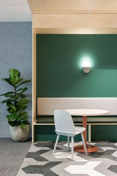 creative Business Office Design Ideas for men – Modern Corporate Office Design Corporate Office Design, Corporate Interiors, Office Interiors, Booth Seating, Floor Seating, Banquette Seating, Cafe Interior, Office Interior Design, Office Designs