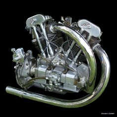 Go ahead, call this engine a JAP! Twin-cam, twin-magneto, twin-oil-pump V-twin KTOR JAP made by J. A. Prestwich, from a 1934 Brough Superior SS100