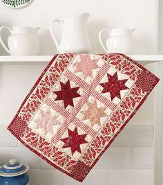 MessyJesse - a quilt blog by Jessie Fincham: Petite Christmas Stars Mini Quilt - Free Pattern!