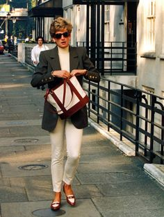 October 15, 1994: Princess Diana shopping at Harvey Nicholls in Knightsbridge, London.