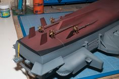 Model Building, Building Ideas, Battleship Missouri, Uss Enterprise Cvn 65, Battle Ships, Aircraft Carrier, Paper Models, Scale Models, Hobbies