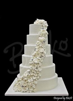 Berko wedding cake Bianca White