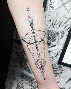 Bow and arrow tattoo designs are becoming truly fashionable, especially among women. Bow tattoos are great because they can come in all shapes, sizes, and Mini Tattoos, Weird Tattoos, Arm Tattoos For Guys, Trendy Tattoos, Body Art Tattoos, Sleeve Tattoos, Awesome Tattoos, Forearm Tattoos, Tribal Tattoos