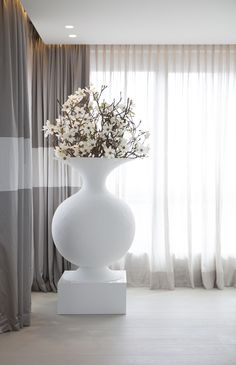Byron & Jones Interiors - Curtains - In-between - Decoration - White - Grey