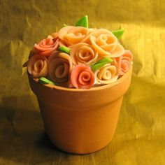 Google Image Result for http://thecookieshop.files.wordpress.com/2009/09/marzipan-roses.jpg%3Fw%3D600%26h%3D600