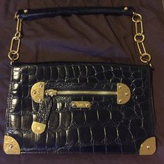 """Rafē New York - Black Leather & Gold Hardware Very gently loved (used twice) authentic Rafē New York black leather croc textured purse/clutch with gold colored hardware and removable strap. Bag closure is magnetic. One good sized zip pocket inside and two smaller open pockets across from it. Includes original dust bag. Bag is approximately 12""""x7""""x1"""" when empty. Rafē New York Bags"""