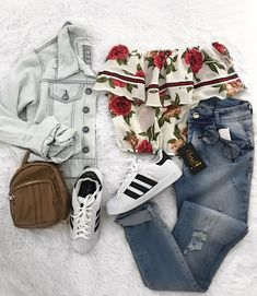 Teen Fashion Design – Keeping Up With the Latest Trends Teen Girl Outfits, Teenage Outfits, Teen Fashion Outfits, Outfits For Teens, Fashion Bags, Fashion Fashion, Trendy Teen Fashion, New Fashion Trends, Womens Fashion