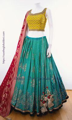 - Source by arzukberlin - Indian Gowns Dresses, Indian Fashion Dresses, Indian Designer Outfits, Indian Outfits, Indian Clothes, Designer Dresses, Fashion Outfits, Half Saree Lehenga, Lehnga Dress