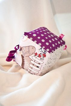 Fabric Baby Cube - The Animal Lover from ABCs - Adorable Baby Cubes by DaWanda.com