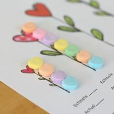 Valentine Party Ideas: Measuring with Candy Hearts (Free Printable) - Buggy and Buddy Valentine Theme, Valentine Crafts For Kids, Valentines Day Activities, Winter Crafts For Kids, Homemade Valentines, Valentines Day Party, Preschool Winter, Valentine Ideas, Valentinstag Party