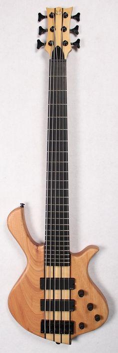 The Halo XSI™ Bass Guitar