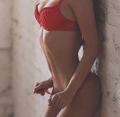 Looking for the ultimate beginner fitness routine? Body Inspiration, Fitness Inspiration, Fit Women, Sexy Women, Model Training, The Bikini, Bikini Bodies, Perfect Body, Sexy Body