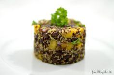 Šalát s čiernou fazuľou a pseudoobilninou quinoa