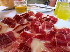 18 Signs You've Been Living in Spain: Eating Out
