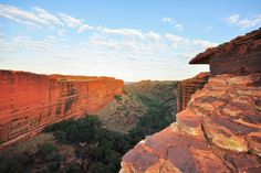 Kings Canyon, Australia | Discovering the Story Behind Aboriginal Rock Art