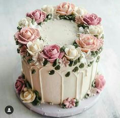 cake pictures # pictures # cake cupcakes recipe cake re . Pretty Cakes, Cute Cakes, Beautiful Cakes, Amazing Cakes, Buttercream Flower Cake, Buttercream Birthday Cake, Buttercream Cake Designs, Fancy Cakes, Pink Cakes
