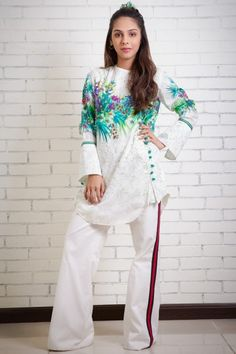 Dressy Casual Outfits, Casual Formal Dresses, Stylish Dresses For Girls, Pakistani Fashion Party Wear, Pakistani Formal Dresses, Pakistani Dress Design, Dress Neck Designs, Stylish Dress Designs, Girls Dresses Sewing