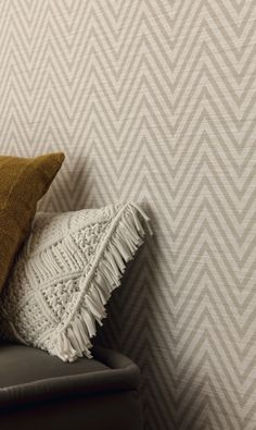 Leading wallpaper supplier & installer in Southern Africa, offering expert advice for small to large scale wall coverings commercial & residential projects. Tapete Beige, Wallpaper Suppliers, Web Design, Bespoke Design, Spring Trends, Bed Pillows, Africa, Blanket, Trends 2018