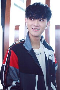Tao Exo, Huang Zi Tao, Music Mood, Arte Disney, Kung Fu Panda, Qingdao, Bright Stars, Super Powers, Shinee