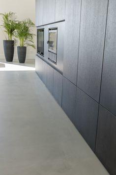 Concrete, Interior, Floor Design, Interior Inspiration, Concrete Design, Concrete Floors, Flooring, Concrete Interiors, Industrial Living