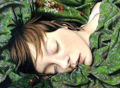 obra de Moki Mioke. Los investigadores no saben del todo por qué dormimos y soñamos, pero durante el sueño sucede un proceso llamado consolidación de la memoria. Cuando tu cuerpo está descansando, tu cerebro está ocupado procesando tu día, conectando sucesos, entradas sensoriales, sentimientos y recuerdos. Tus sueños y un sueño profundo son un tiempo importante para que tu cerebro memorice y relacione. Una mejor calidad del sueño te ayudará a recordar y procesar mejor las cosas.