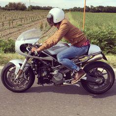 🏁 caferacerpasion.com 🏁 Ducati 999 Sport Classic #CafeRacer - IaMoto Factory [TAGS] #caferacerpasion #ducati #caferacersofinstagram #caferacergram #caferacerxxx #caferacerculture