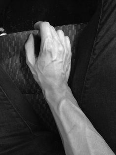 male hands - one of the sexiest things in the world Male Hands, His Hands, Final Fantasy, Veiny Arms, Arm Veins, Man Anatomy, Aesthetic Boy, Hand Art, Human Body