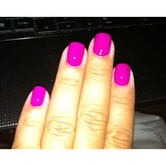 Punki Purple by Nina Ultra Pro.. A lot deeper purple in real life!! Love it for toes in the summer:)