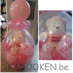 geschenkballon, geschenk in ballon, beertje met naam, feestzaaldecoratie babyborrel, aankleding babyborrel, doopfeest, geboorte, ballonnen, ballons, heliumballonnen,... www.kadooken.be