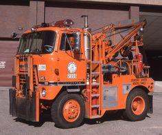 International Tow Truck - By Tom Hart Used Trucks, Big Rig Trucks, Cool Trucks, Train Truck, Tow Truck, Pickup Trucks, Lego Truck, Aigle Animal, International Harvester Truck