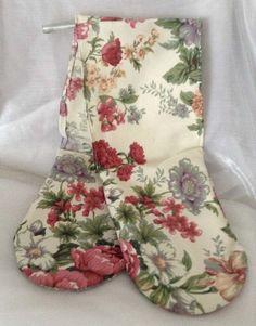 Kitsch oven gloves £5.00 Oven Glove, Kitsch, Gloves, Pretty, Cotton, Handmade, Design, Mittens