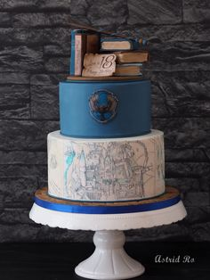 disneysachen disneystuff ravenclaw hogwarts adorable illustra astrid potter harry map the was of ro Harry Potter Ravenclaw Astrid Ro The adorable map of Hogwarts was illustra You can find Ravenclaw and more on our website Harry Potter Torte, Harry Potter Desserts, Harry Potter Fiesta, Harry Potter Wedding Cakes, Harry Potter Birthday Cake, Harry Potter Food, Harry Potter Memes, Ravenclaw, Beautiful Cakes