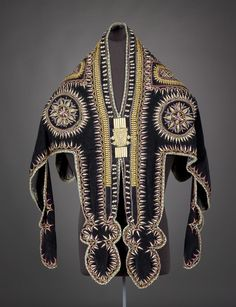 Ceremonial tunic, Amharic people (Ethiopia), early 1900's.