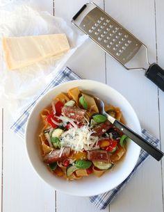 Pasta med grillede grønnsaker og parmesan