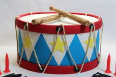 Drum cake | All edible, except for the drumsticks, which had… | Flickr