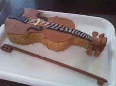 dort - housle / cake - violin Birthday Treats, Birthday Cakes, Violin Cake, Macaron Recipe, Just Cakes, Pastry Cake, Grad Parties, Kerala, Macarons