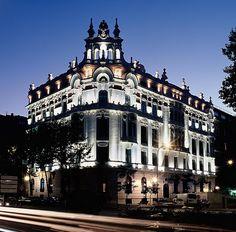 ~AC Palacio del Retiro , Madrid.- Fachada Noche by Turismo Madrid, via Flickr
