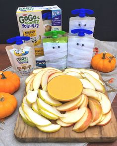 Looking for Halloween desserts that won't contribute to the candy overload? This easy yogurt dip makes the perfect Halloween party food for kids and adults. Halloween Food For Party, Halloween Desserts, Halloween Ideas, Peanut Butter Dip, Dip Recipes, Recipe Collection, Kids Meals, Food To Make, Dips