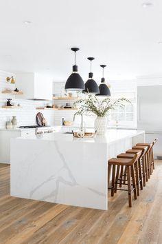 Home Interior Ideas white marble kitchen Interior Ideas white marble kitchen Küchen Design, Home Design, Layout Design, Design Ideas, Design Trends, Design Inspiration, Modern Kitchen Inspiration, Design Styles, Creative Design