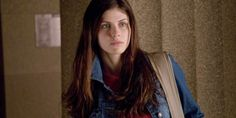 Alexandra Daddario Actress Wallpapers and Picture Gallery
