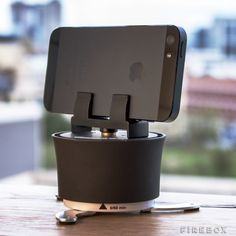 Smartphone Time-lapse Turntable: Perfect for panoramas or sweeping 360 degree time-lapse movies