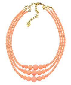 How to Use Statement Necklaces to Create Beautiful Color Combinations - Bridgette Raes Style Expert