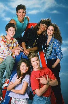 Bayside School: i protagonisti 20 anni dopo- Film. Bayside School, Movies Showing, Movies And Tv Shows, 80s Halloween Costumes, Zack Morris, Elizabeth Berkley, 90s Tv Shows, Saved By The Bell, Lifetime Movies